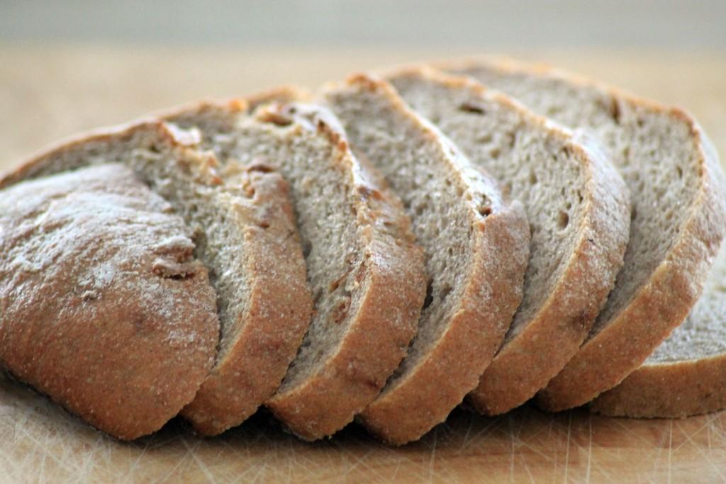 Pan con harina de malta enzimática